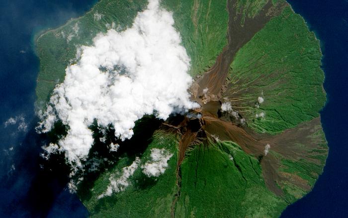 manam volkanı