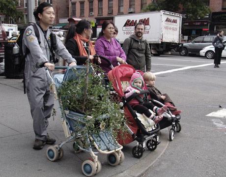 bebek arabası ile mobil bahçe
